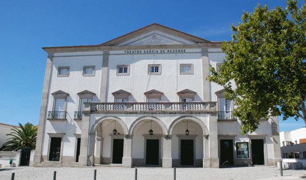 Teatro Municipal Garcia de Resende