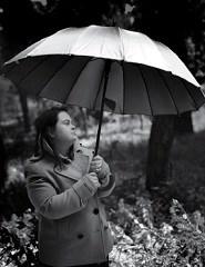 CRINABEL TEATRO | Uma menina está perdida no seu século...
