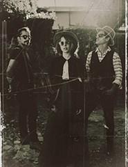 Moonshiners + O Gajo