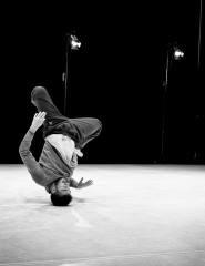 Unbounded | Às quintas no Teatro