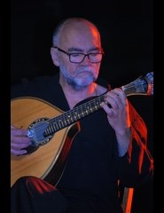 Acordeão Versus Guitarra Portuguesa