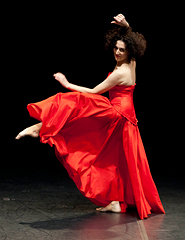 CRISTIANA MORGANTI  - Moving with Pina