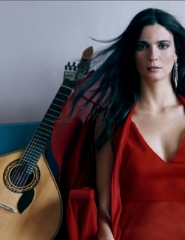 Soam as Guitarras – Marta Pereira da Costa convida Tiago Bettencourt