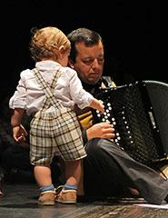 Oficina de Música para Bebés e Pais | Musicalmente [0 aos 12 meses]