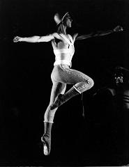 COMPANHIA NACIONAL DE BAILADO: Dançar em Tempo de Guerra