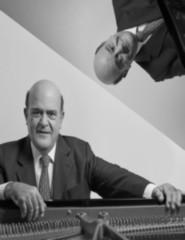 Adriano Jordão, Piano Solo.