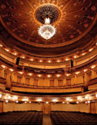 VISITAS GUIADAS/ GUIDED TOURS TO THE TRINDADE THEATRE